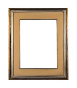 Винтаж пустая рамка с коричневыми деревянными границами на белом фоне