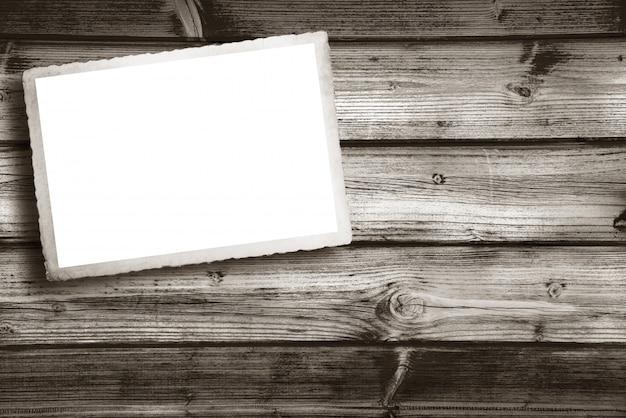 書き込む空白のヴィンテージのカード