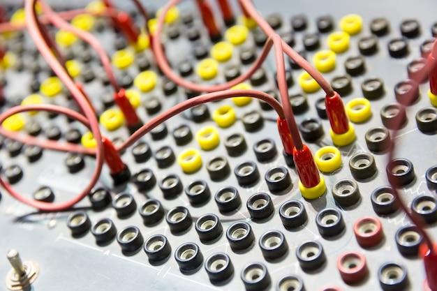 Винтажная панель управления в компьютерном музее