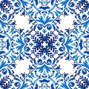 Vintage damask seamless ornamental watercolor arabesque paint tile design pattern for ceramics
