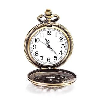 빈티지 골드 구리 포켓 시계 흰색 절연
