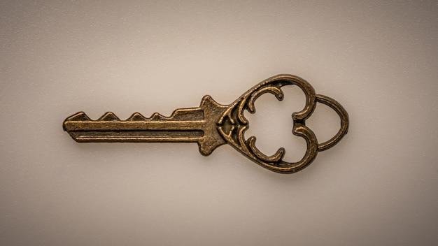 Винтажный ключ