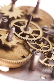빈티지 기계식 시계 메커니즘, 기어를 닫습니다.
