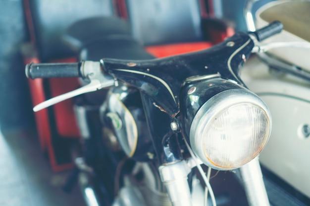 ヴィンテージオートバイ - カフェ(コーヒーショップ)での装飾。レトロカラーエフェクトスタイル