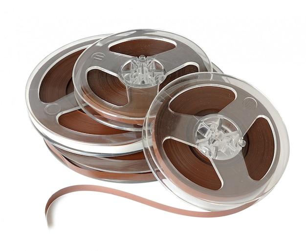 Винтажные катушки аудио магнитной ленты изолированы