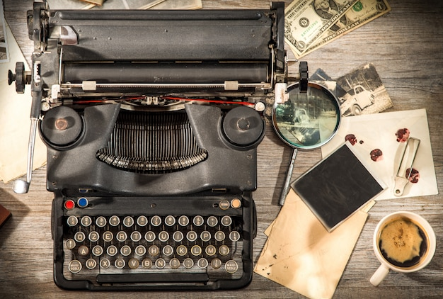 Vintage situation with old typewriter