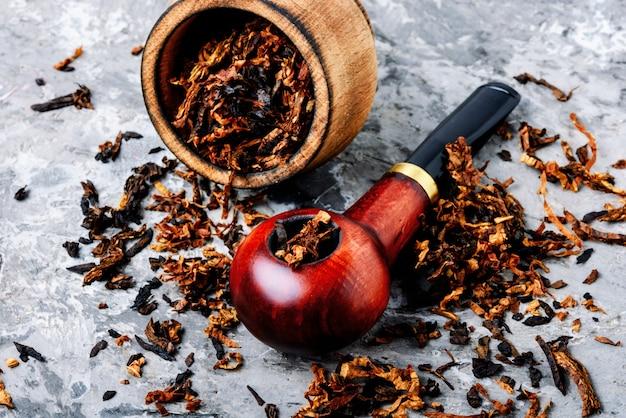 Vintage wooden tobacco pipe