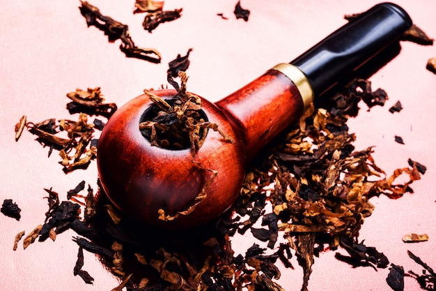 Vintage wooden tobacco pipe