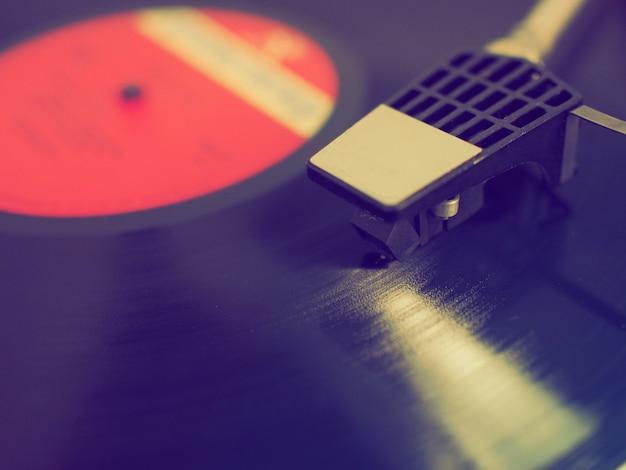 ビニールレコードがクローズアップ