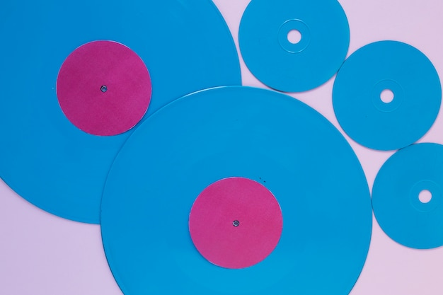 Vinyl records and compact discs Free Photo