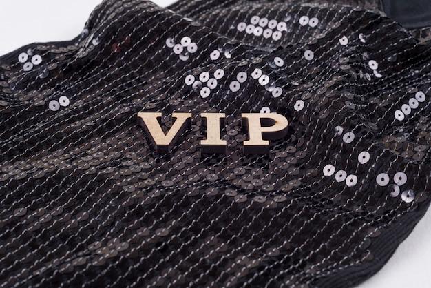 スパンコールの背景にvip文字