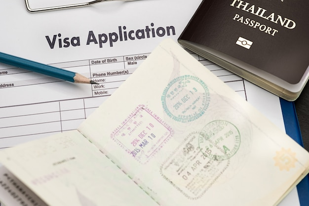 Visa application form to travel immigration