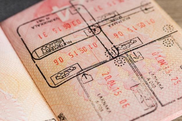 パスポートのビザスタンプ
