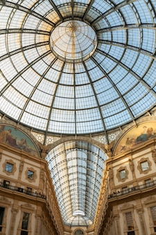 Галереи витторио эмануэле в милане, италия. Premium Фотографии