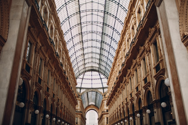 Галерея витторио эмануэле ii, милан, италия