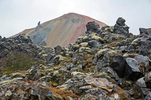 Landmannalaugar의 화산 근처 화산 용암