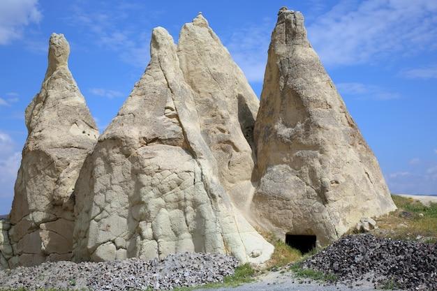 Вулканические породы в долине каппадокии, турция
