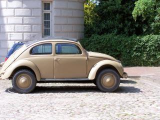 Старый жук volkswagen от мировой войны 2, автомобиль