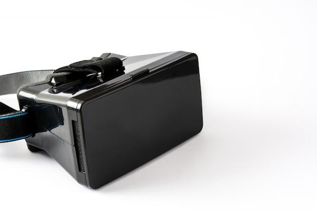 Vr. черная гарнитура виртуальной реальности, изолированные на белом