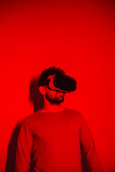 An in vr headset in red light