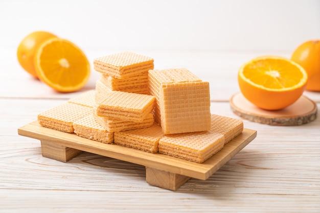 オレンジクリームとウェーハ