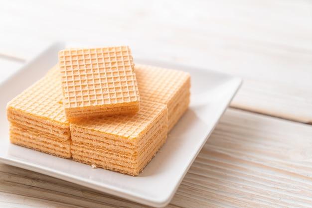 Wafer with orange cream