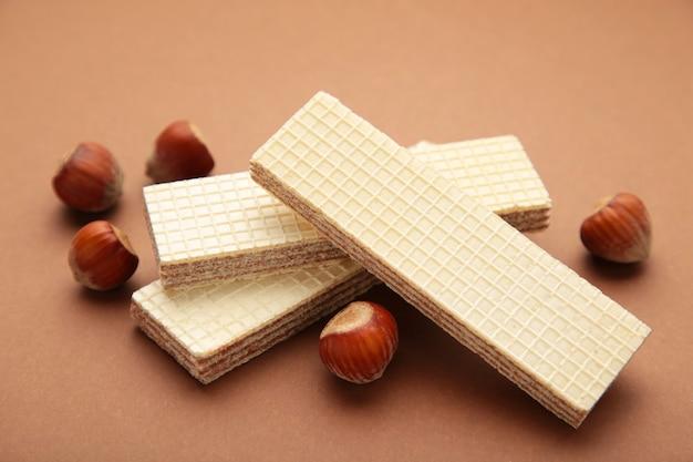 Wafers with hazelnuts