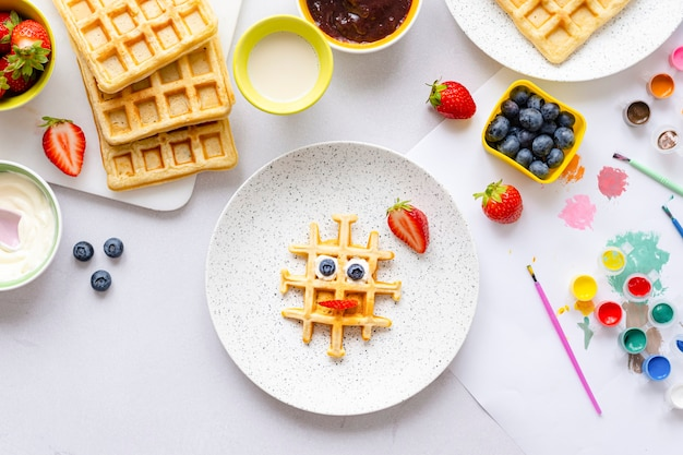 Waffle, carta da parati per bambini cibo arte sfondo, trattamento colazione funky