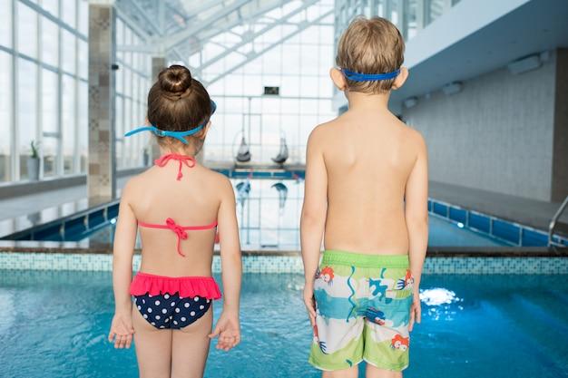 В ожидании начала урока плавания