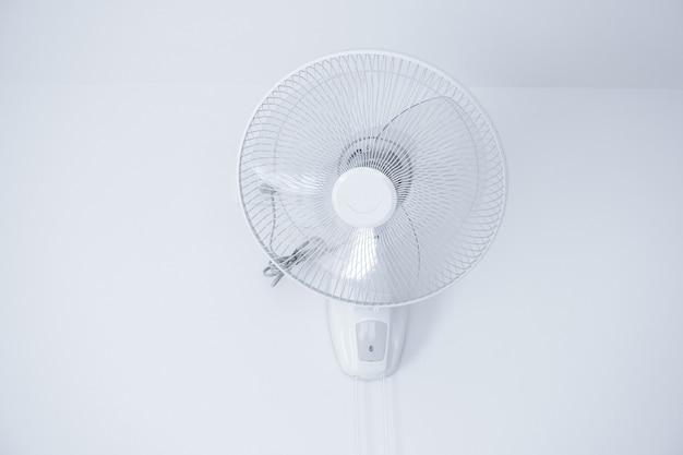 벽 마운트 전기 흰색 팬, 흰색 박격포 벽에 걸려 선풍기