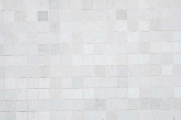 Стена из плитки как фон