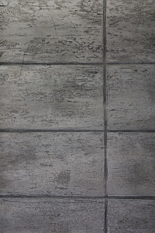 Wall with slabs and geometric lines