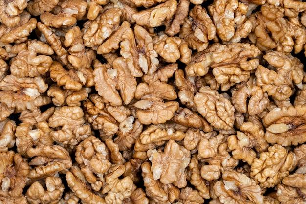 Вид сверху ядра грецких орехов