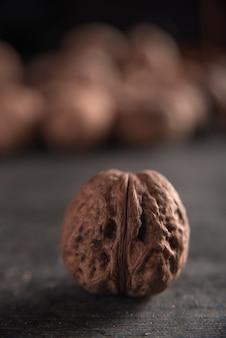 Грецкий орех на темном фоне