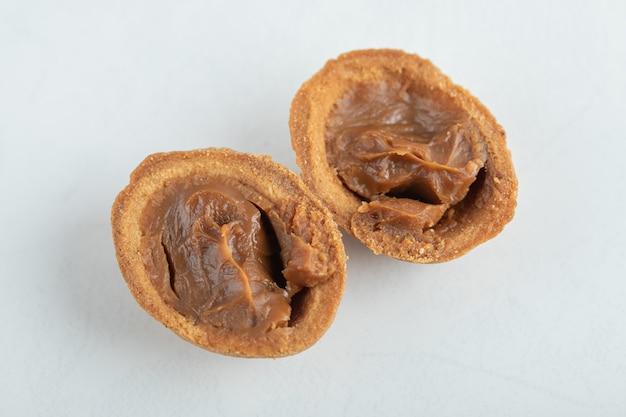 화이트 호두 달콤한 쿠키입니다.