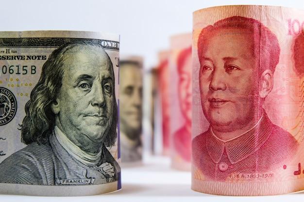 Война между юань китаем и долларом сша