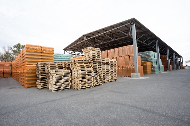 Warehouse of finished products under canopy