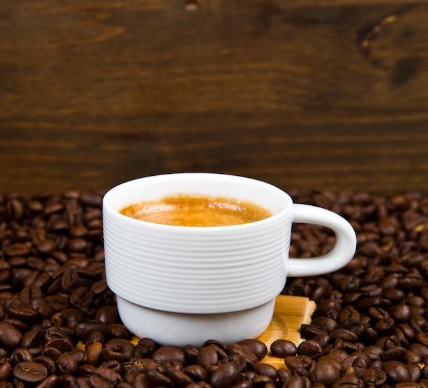 따뜻한 커피 한 잔