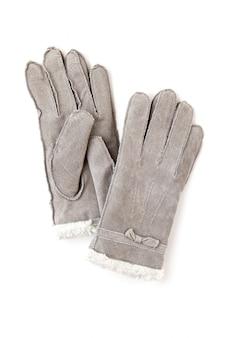 추운 겨울 날씨에 모피가 달린 따뜻한 회색 장갑