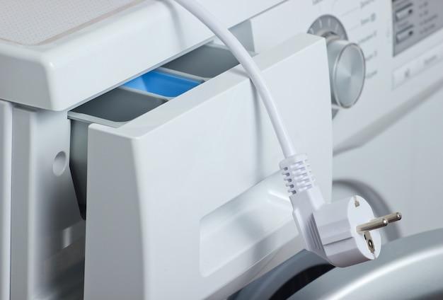 電気プラグ付き洗濯機