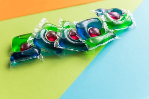 Стиральные капсулы, жидкие капсулы с цветным гелем. чистящее средство для окружающей среды для стирки одежды