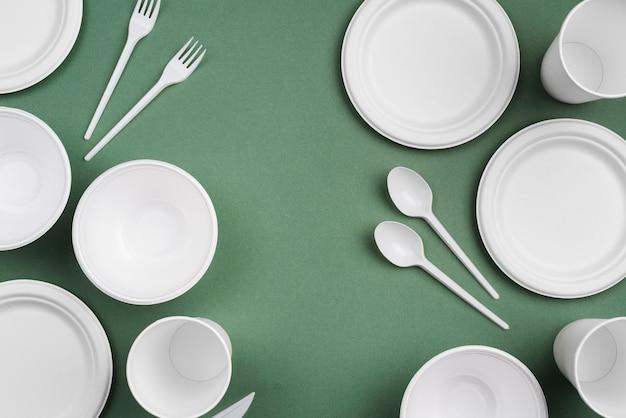 Состав расточительной одноразовой посуды