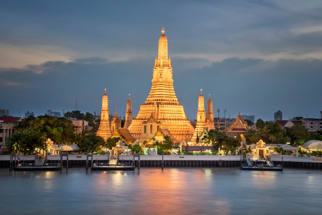 Wat arun temple at sunset in bangkok thailand for view travel