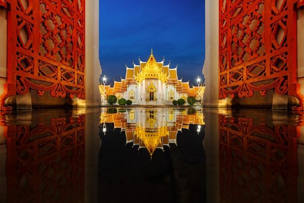 Бангкокский мраморный храм, wat benchamabophit dusit wanaram. бангкок, таиланд.