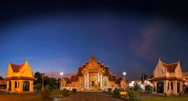 Wat benchamabophit мраморный храм