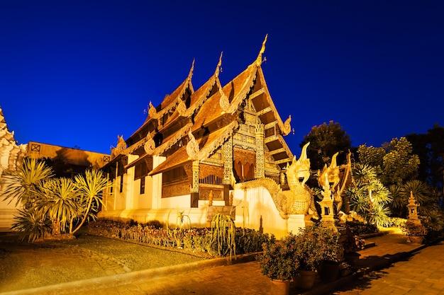 일몰, 치앙마이, 태국 왓 체디 루앙 사원