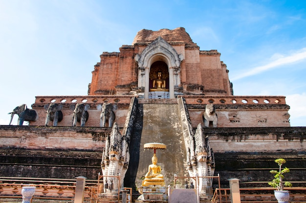 Wat chedi luang varavihara. landmark for tourist at chiang mai,thailand.