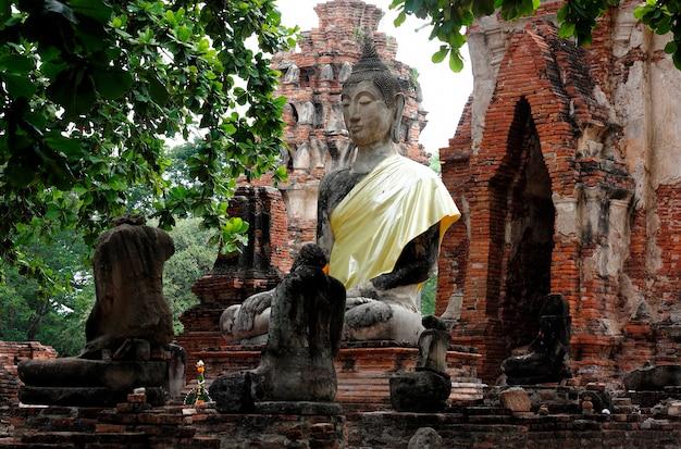 Wat mahathat ayutthaya historical park