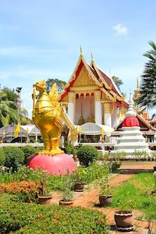 ノンタブリー、koh kretのwat phai lom temple