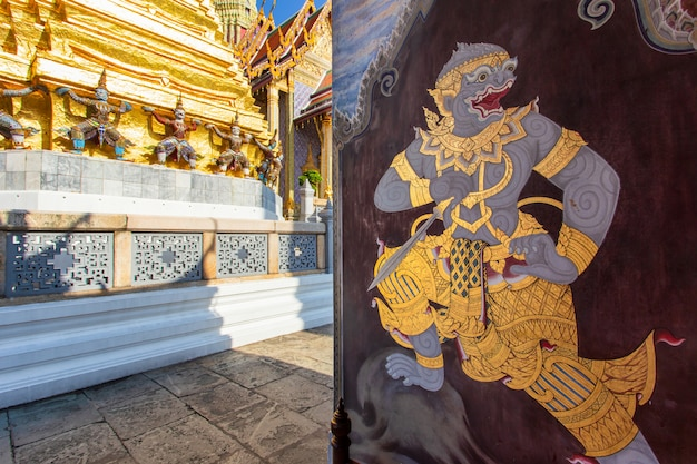 Wat phra kaew ancient temple in bangkok, thailand